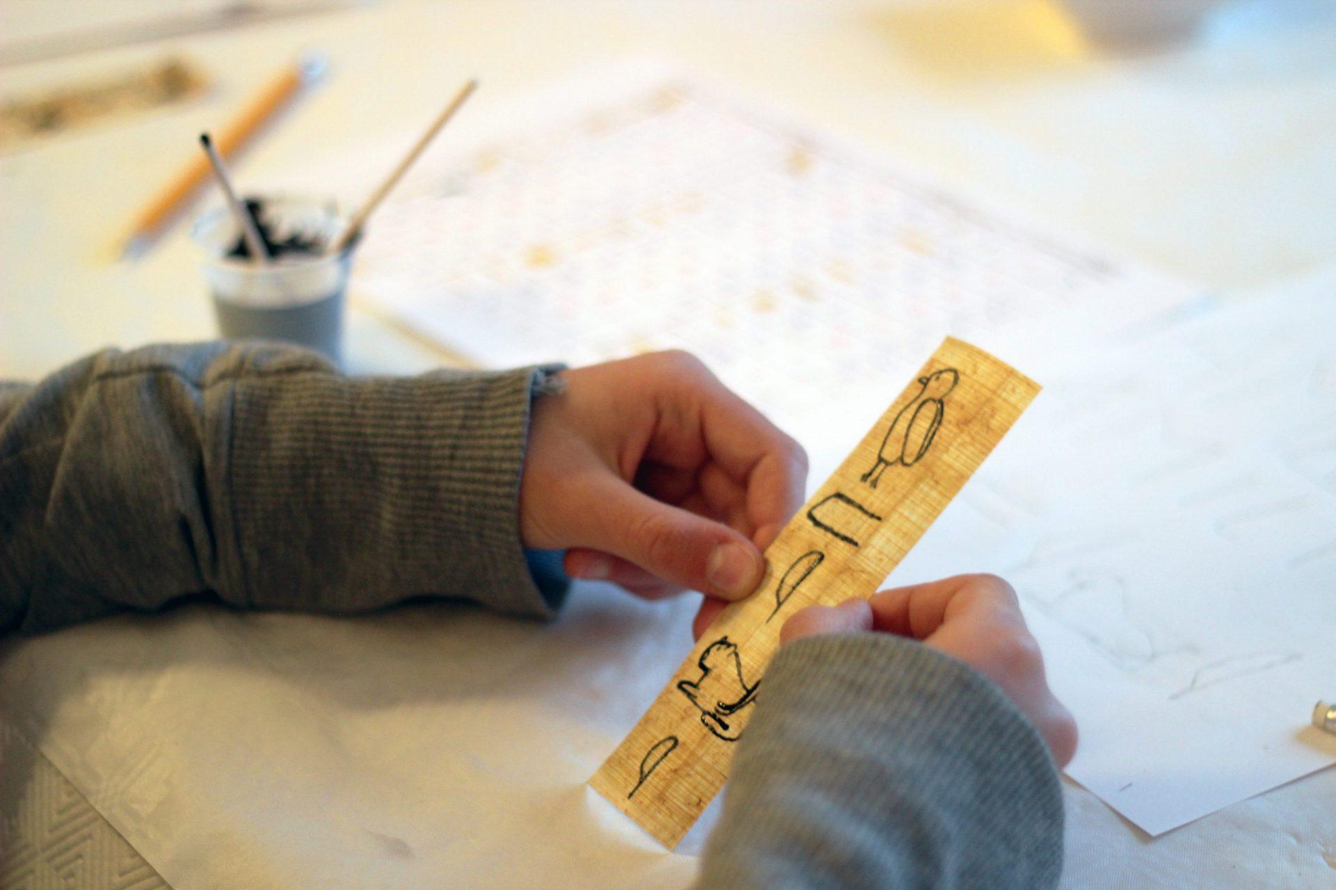Box de Février : l'Egypte et la Mésopotamie dans la peau d'un scribe